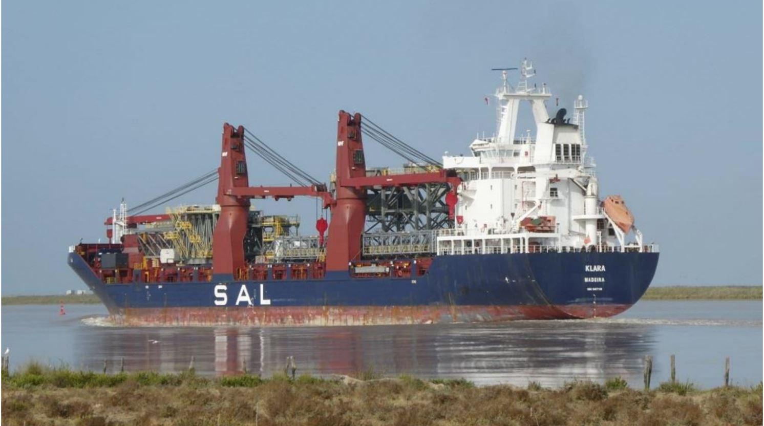 Klara, megaestrctura, puerto de Sevilla
